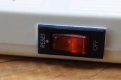 Bottone rosso sul primo piano del riempitivo fotografie stock libere da diritti
