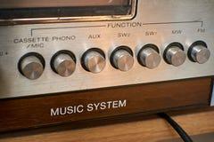 Bottoni d'annata di vecchio sistema di musica fotografie stock libere da diritti