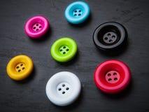 Bottoni di cucito brillantemente colorati Fotografia Stock Libera da Diritti