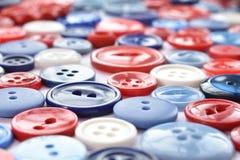 Bottoni di cucito rossi, bianchi e blu Immagine Stock Libera da Diritti