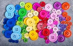 Bottoni di plastica variopinti dell'abbigliamento Immagine Stock Libera da Diritti