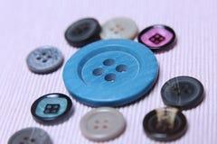 Bottoni, molti colori Fotografia Stock