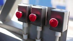 Bottoni sulla fabbrica stock footage