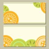 Bottoni variopinti dell'arancia e di verde blu sull'insieme di carte bianco, Immagini Stock Libere da Diritti