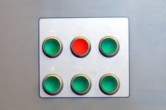 Bottoni verdi e rossi della funzione industriale fotografia stock libera da diritti