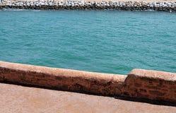 Bou Regreg visto da parede da cidade dos oudaias em Rabat, M do DES do casbah imagens de stock