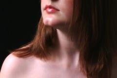 Bouche et cou dans l'ombre Photo libre de droits