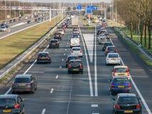 Bouchon pendant l'heure de pointe sur l'autoroute, Pays-Bas Photographie stock