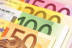 Bouchons des euros Photo stock