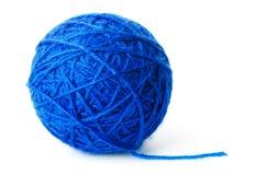 Boucle de fil bleu de laine Photographie stock libre de droits