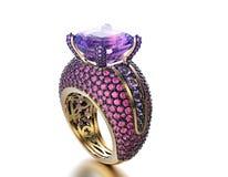 Boucle de mariage avec le diamant Fond noir de bijou de tissu d'or et d'argent Photographie stock