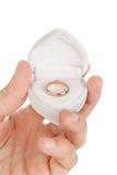 Boucle de mariage dans un cadre Image stock