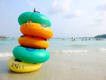 Boucles colorées de natation Photographie stock libre de droits