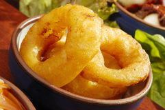 Boucles d'oignon frites par spécialité mexicaine Image libre de droits