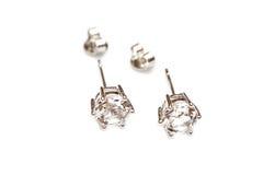 Boucles d'oreille avec des diamants photo libre de droits