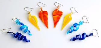 Boucles d'oreille colorées image libre de droits