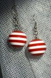 Boucles d'oreille rouges Images libres de droits