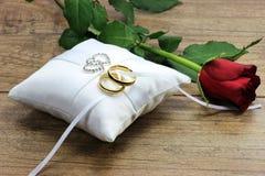 Boucles de mariage 03 Photographie stock