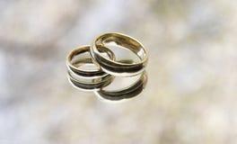 Boucles de mariage Photographie stock