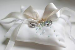 Boucles de mariage celtiques Photos libres de droits