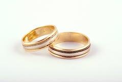 Boucles de mariage d'or Images stock
