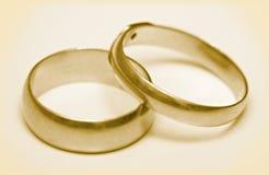 Boucles de mariage de paires Photo libre de droits
