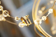 Boucles de mariage pour des nouveaux mariés Images stock
