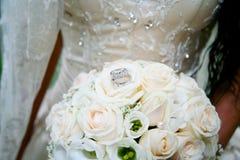 Boucles de mariages Photos libres de droits
