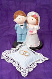 Boucles de mariages et les couples Photos libres de droits