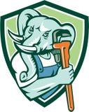 Bouclier de Mascot Monkey Wrench de plombier d'éléphant rétro Image stock
