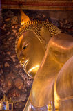 Bouddha étendu chez Wat Pho Bangkok Thailand Photos libres de droits