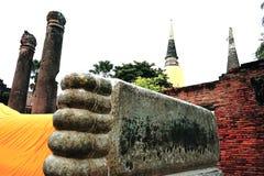 Bouddha étendu de Wat Yai Chai Mongkol à Ayutthaya, Thaïlande Images stock