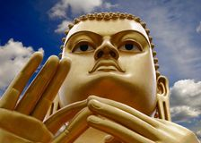 Bouddha d'or dans Dambulla, Sri Lanka Photos stock