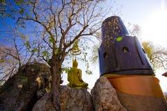 Bouddha dans la coulisse Image stock