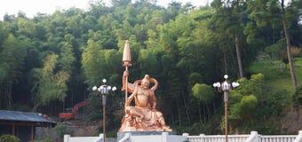 Bouddha dans la porcelaine photos stock