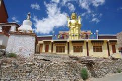 Bouddha dans le monastère de Likir dans Ladakh, Inde Photographie stock libre de droits