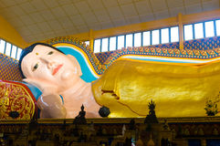 Bouddha de sommeil images stock