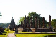 Bouddha en parcs historiques de Sukhothai de la Thaïlande Image stock