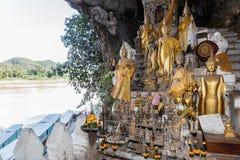 Bouddha foudroie le type d'OU remarquable par lao impressionnant pak leur photo stock