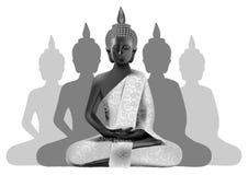 Bouddha méditant posent dans les couleurs argentées et noires avec le silhou Photo stock