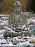 Bouddha : offres de neige Photographie stock