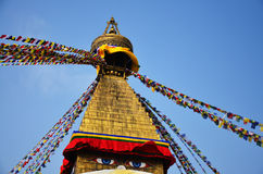 Boudhanath eller Bodnath Stupa med Buddha synar, eller vishet synar royaltyfri bild