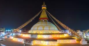 Boudhanath stupa som är upplyst för Losar i Katmandu Royaltyfri Fotografi