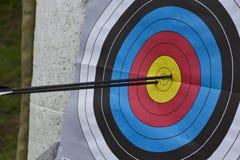 Boudine de tir à l'arc avec deux flèches Photos stock