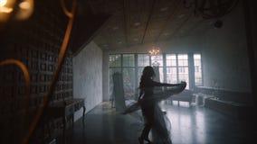 Boudoirmorgen der Braut stock video footage