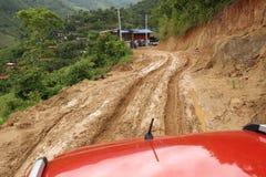 Boueux humide de route Image libre de droits
