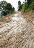 Boueux humide de route de la campagne Images stock
