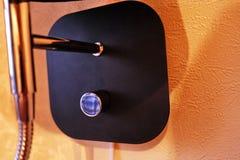 Bougeoir de mur pour l'appartement ou l'h?tel Mont? sur le mur D?tails et plan rapproch? image libre de droits