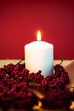 Bougie brûlante pour Noël Photographie stock