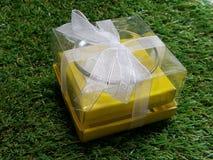 Bougie de cadeau pour des valentines image stock